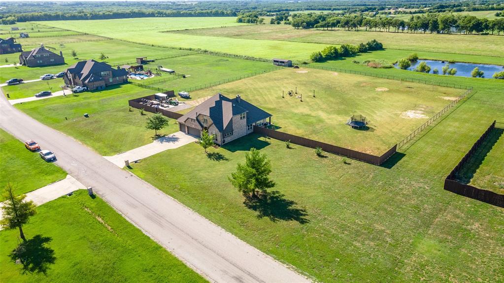 306 The Trails  Drive, Blue Ridge, Texas 75424 - acquisto real estate best looking realtor in america shana acquisto