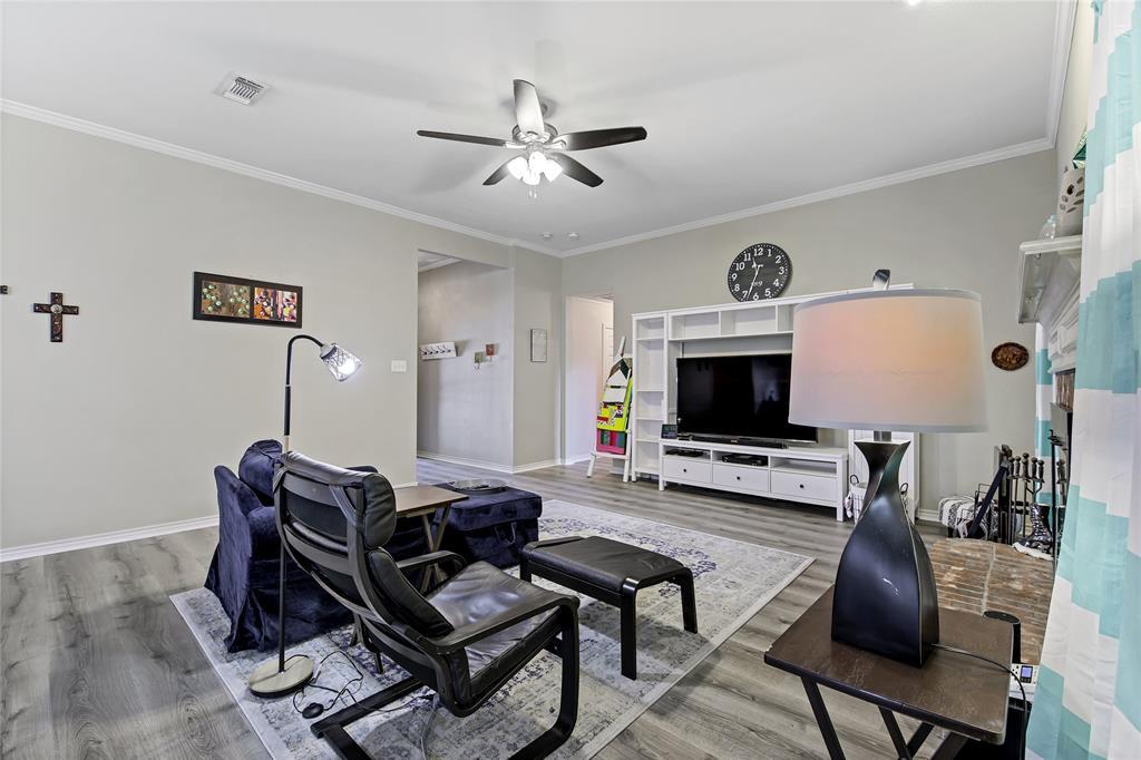 905 Canterbury  Drive, Saginaw, Texas 76179 - acquisto real estate best celina realtor logan lawrence best dressed realtor