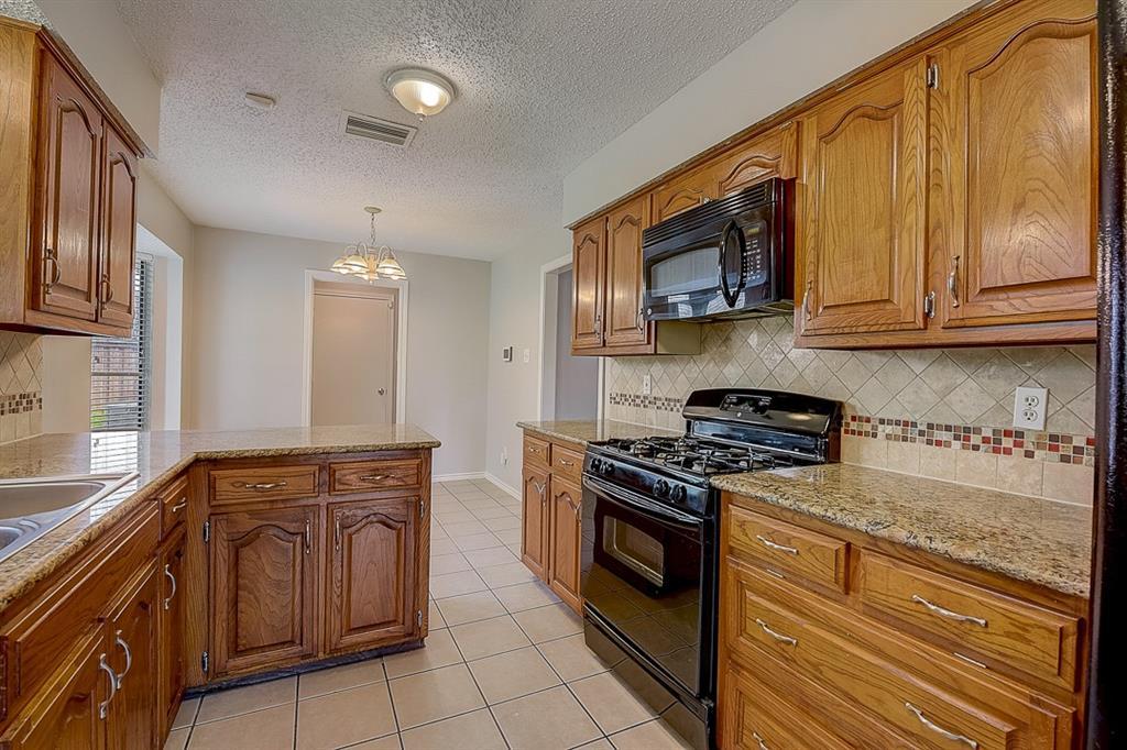 405 Kingsbridge  Court, Garland, Texas 75040 - acquisto real estate smartest realtor in america shana acquisto