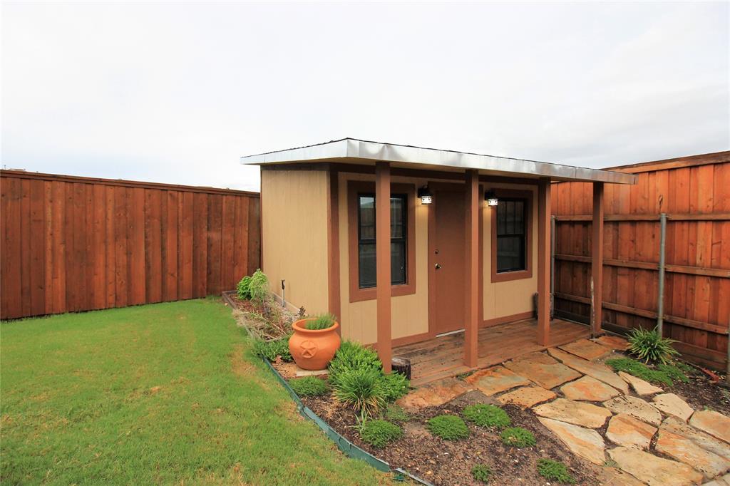 7109 New Bury  Court, Rowlett, Texas 75089 - acquisto real estate mvp award real estate logan lawrence
