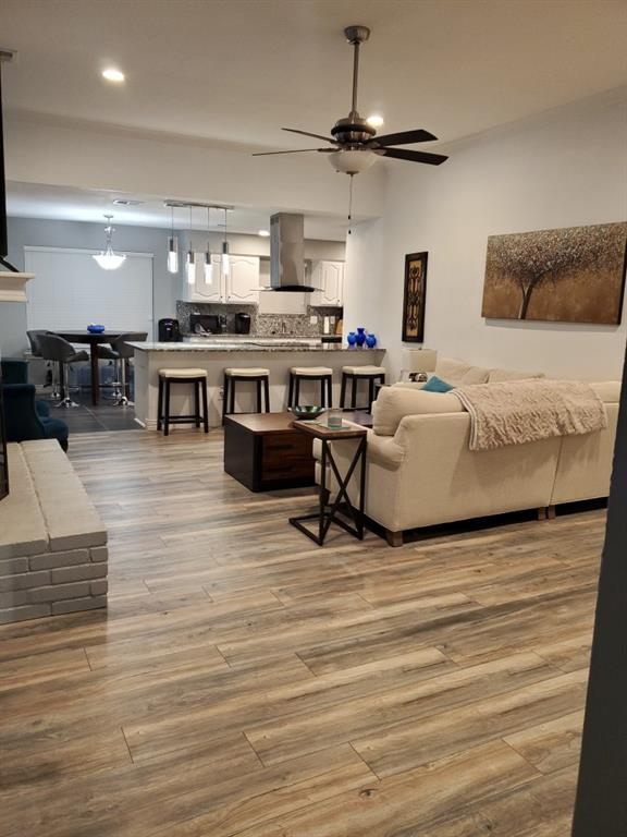 2619 Summertree  Drive, Carrollton, Texas 75006 - acquisto real estate best new home sales realtor linda miller executor real estate