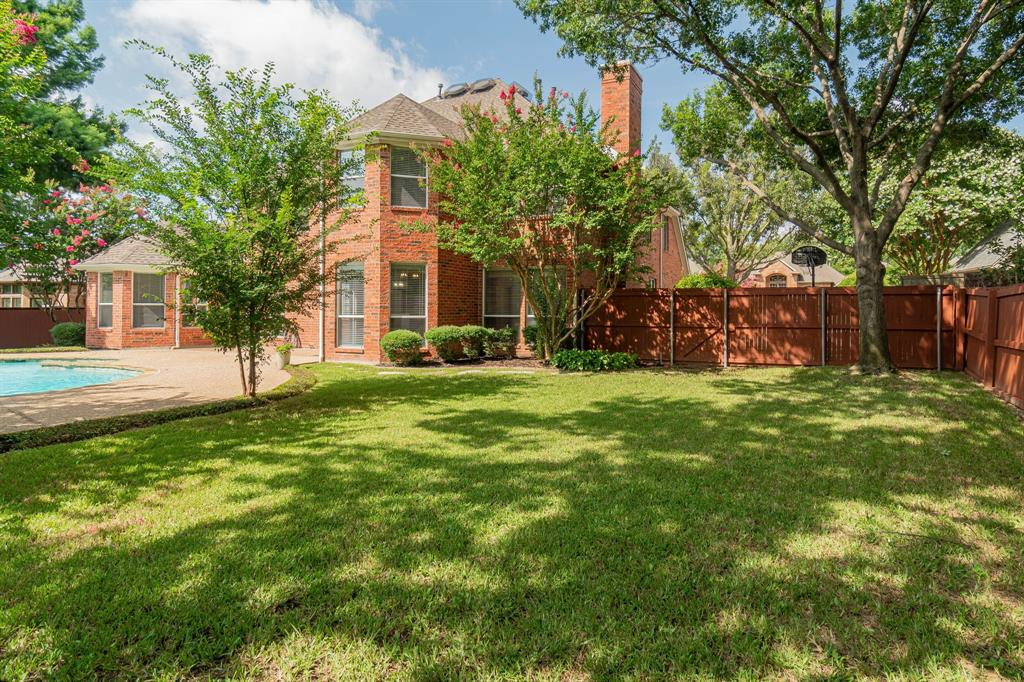 209 Manor  Place, Southlake, Texas 76092 - acquisto real estate best park cities realtor kim miller best staging agent