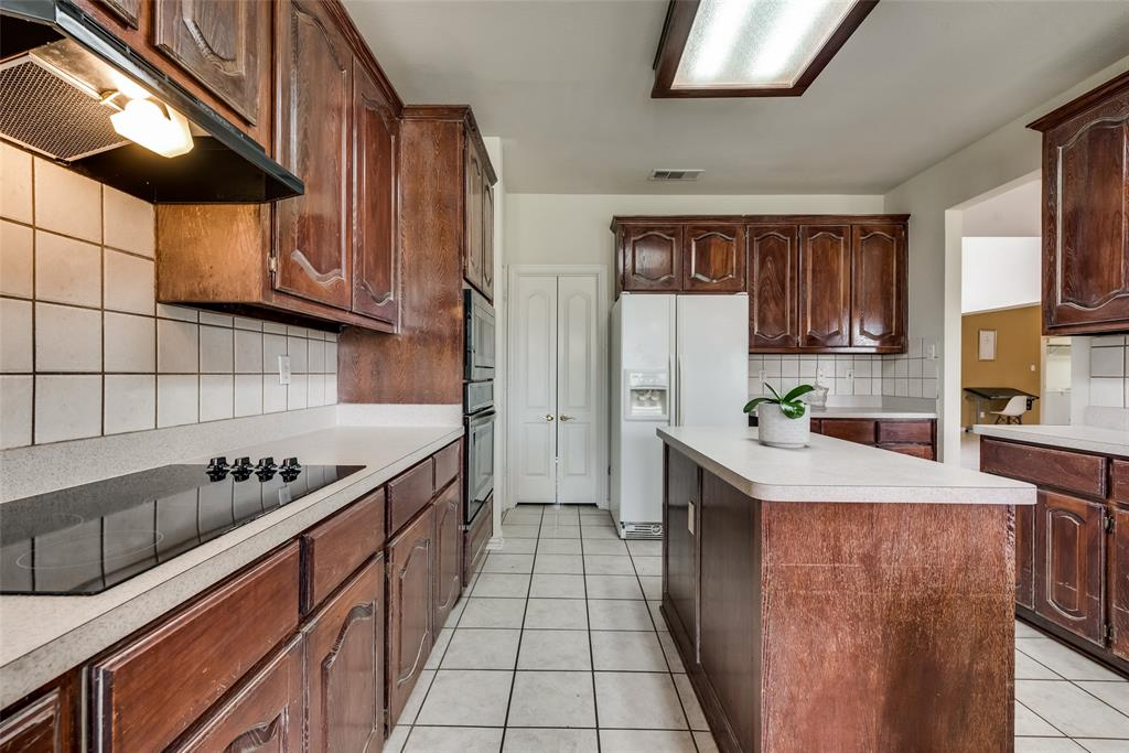 1205 Lone Star  Boulevard, Talty, Texas 75160 - acquisto real estate best photos for luxury listings amy gasperini quick sale real estate