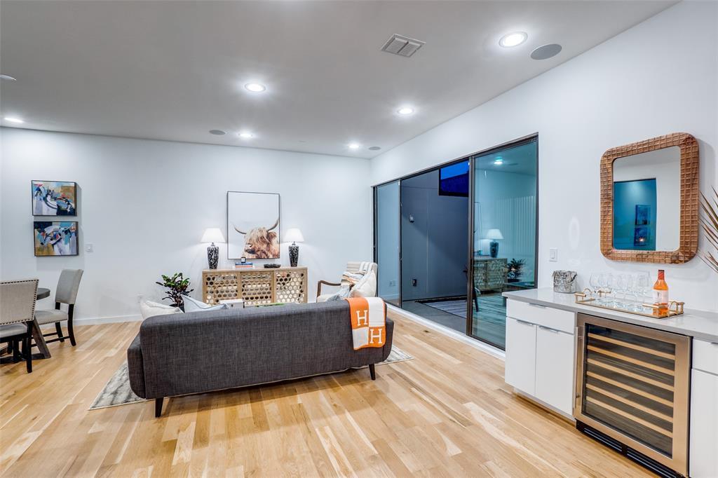 4828 Caxton  Court, Dallas, Texas 75204 - acquisto real estate best prosper realtor susan cancemi windfarms realtor