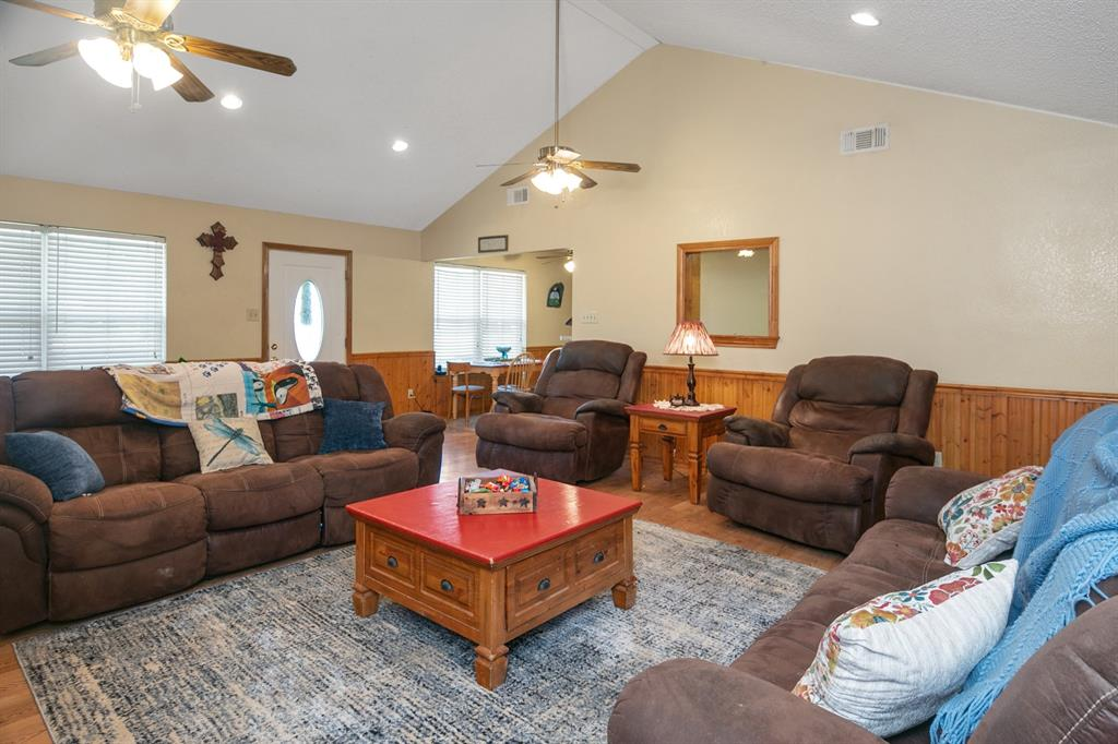 8160 Smithe  Street, Scurry, Texas 75158 - acquisto real estate best real estate company to work for