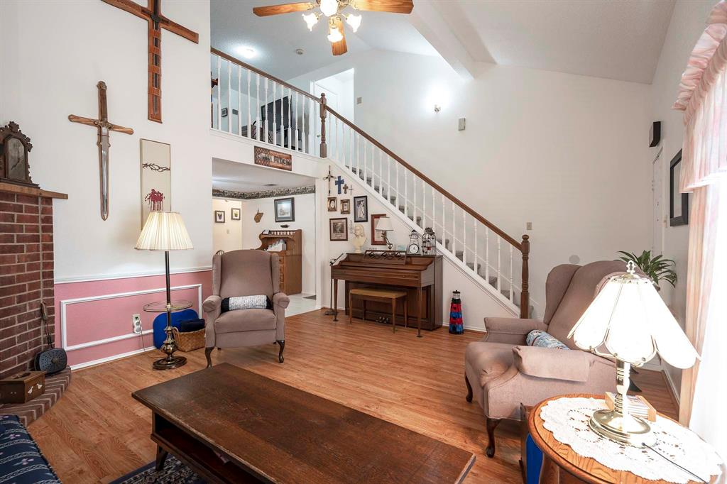 6809 Brookdale  Drive, Watauga, Texas 76148 - acquisto real estate best prosper realtor susan cancemi windfarms realtor