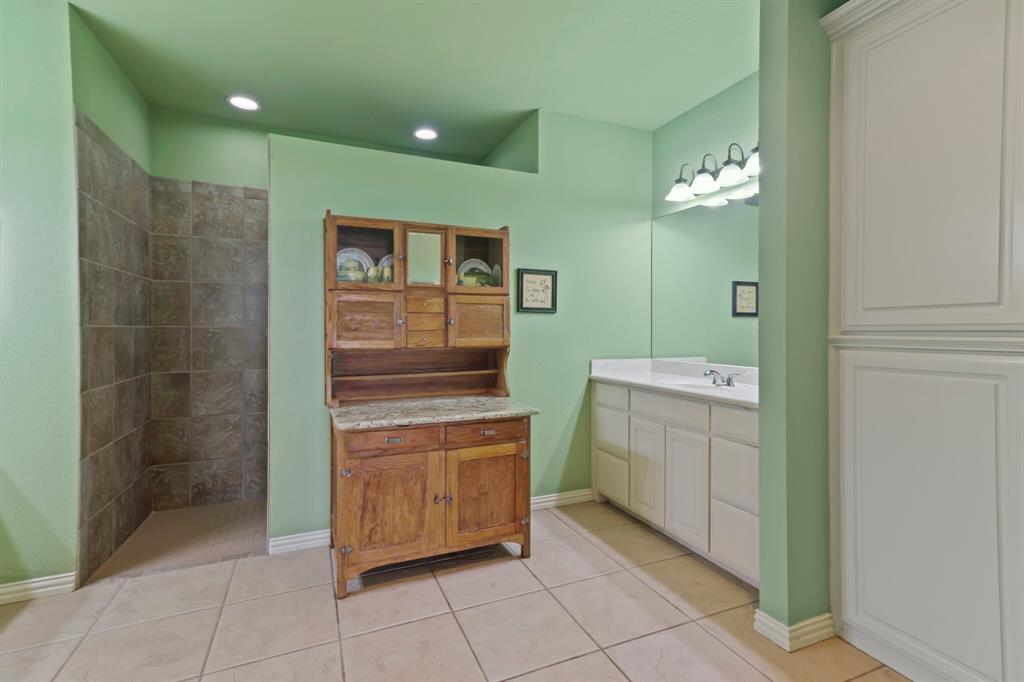 4760 Bonnie Brae  Street, Denton, Texas 76207 - acquisto real estate best realtor dfw jody daley liberty high school realtor