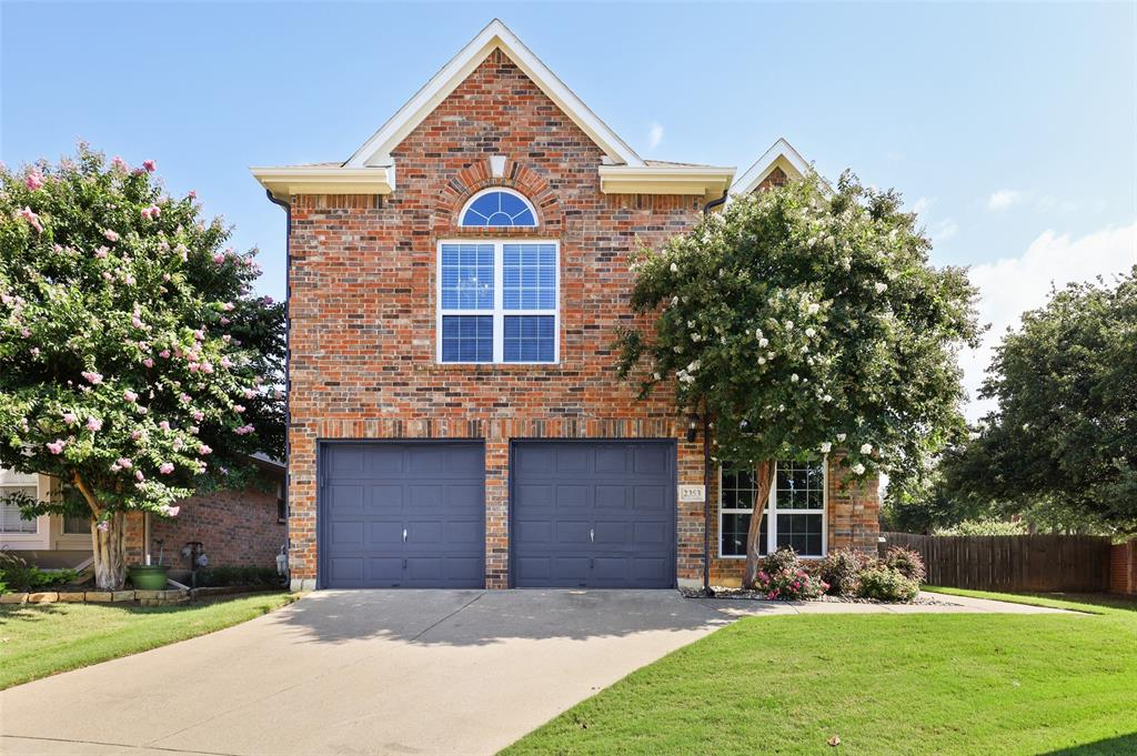 2353 Leafy Glen  Court, Bedford, Texas 76022 - Acquisto Real Estate best plano realtor mike Shepherd home owners association expert