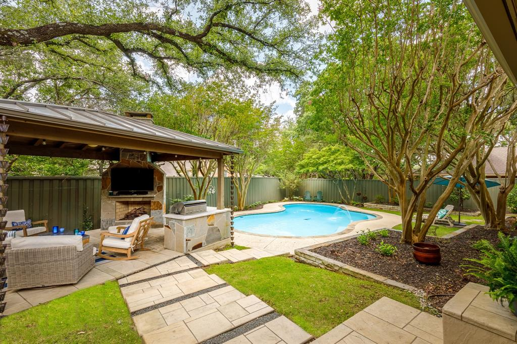 6556 Meadowcreek  Drive, Dallas, Texas 75254 - acquisto real estate best photo company frisco 3d listings