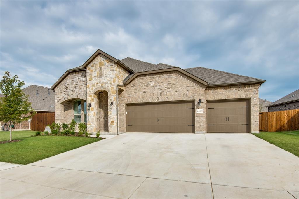 2805 Half Moon  Road, Aubrey, Texas 76227 - acquisto real estate best allen realtor kim miller hunters creek expert