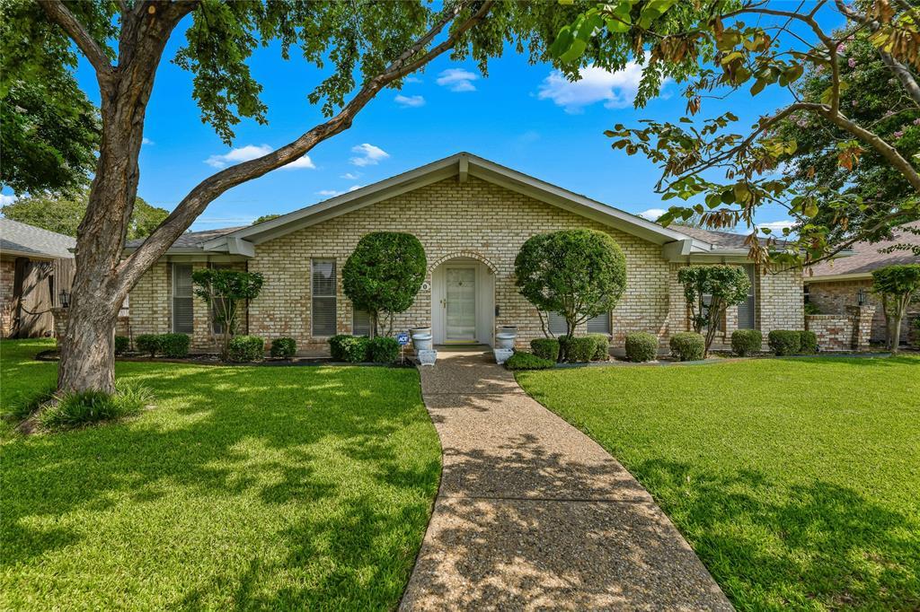 310 High Brook  Drive, Richardson, Texas 75080 - Acquisto Real Estate best frisco realtor Amy Gasperini 1031 exchange expert