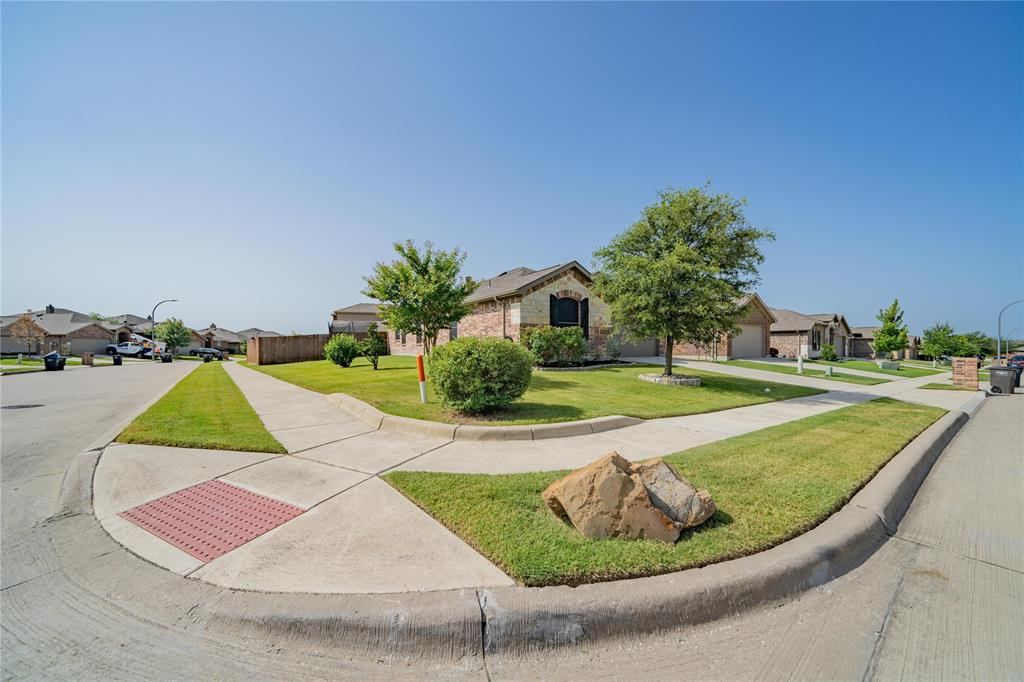 14344 Broomstick  Road, Fort Worth, Texas 76052 - acquisto real estate best looking realtor in america shana acquisto