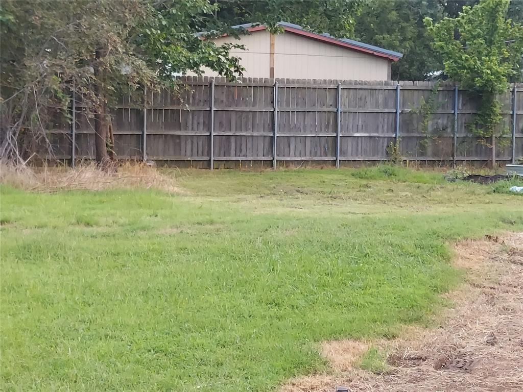 421 Hall  Street, Fairfield, Texas 75840 - acquisto real estate best prosper realtor susan cancemi windfarms realtor