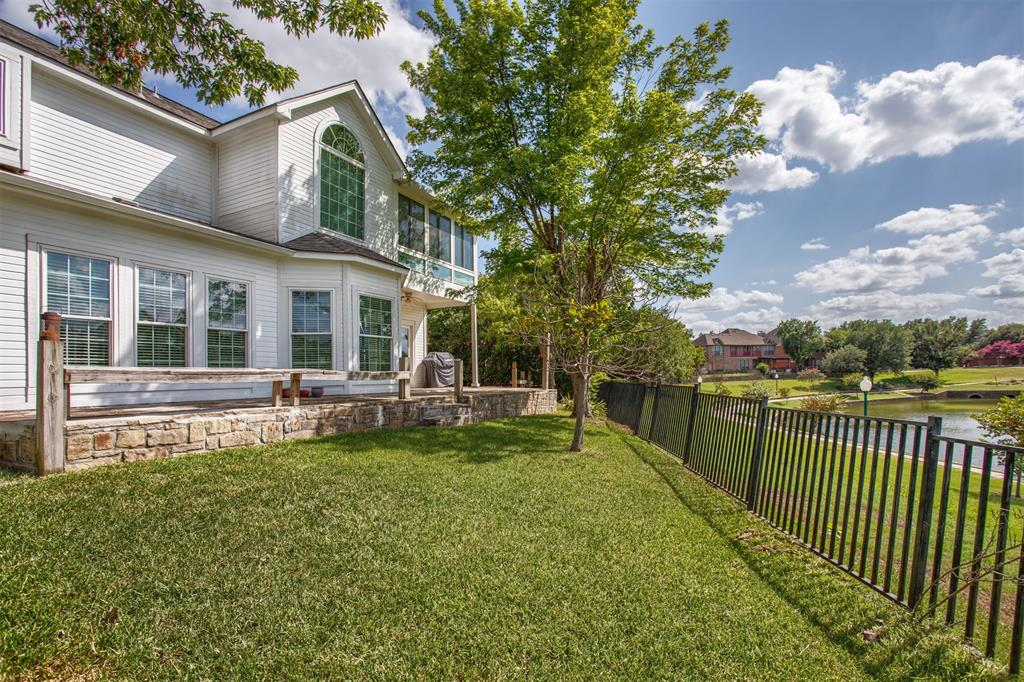 9432 Abbey  Road, Irving, Texas 75063 - acquisto real estate best looking realtor in america shana acquisto