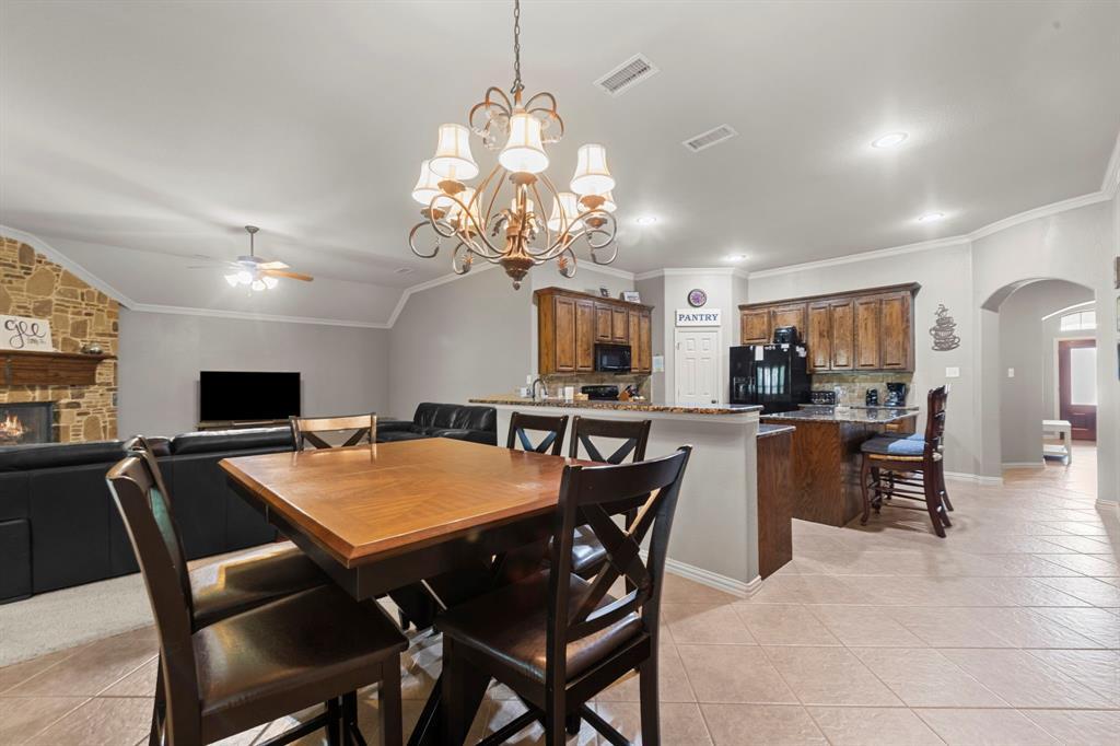405 Bryn Mawr  Lane, Van Alstyne, Texas 75495 - acquisto real estate best luxury buyers agent in texas shana acquisto inheritance realtor