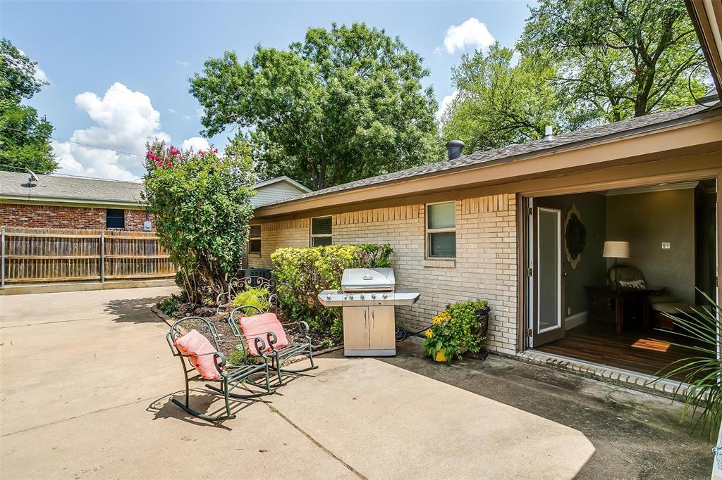 1021 Arlena  Drive, Arlington, Texas 76012 - Acquisto Real Estate best frisco realtor Amy Gasperini 1031 exchange expert