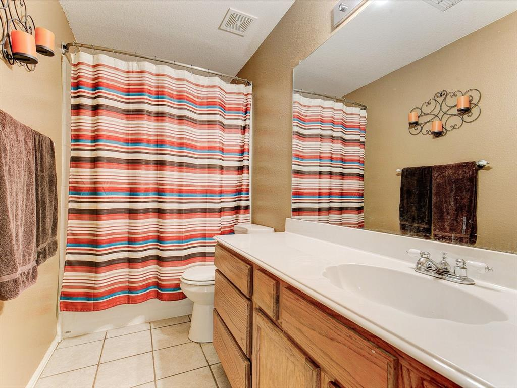 2830 Oakdale  Drive, Burleson, Texas 76028 - acquisto real estate best listing photos hannah ewing mckinney real estate expert