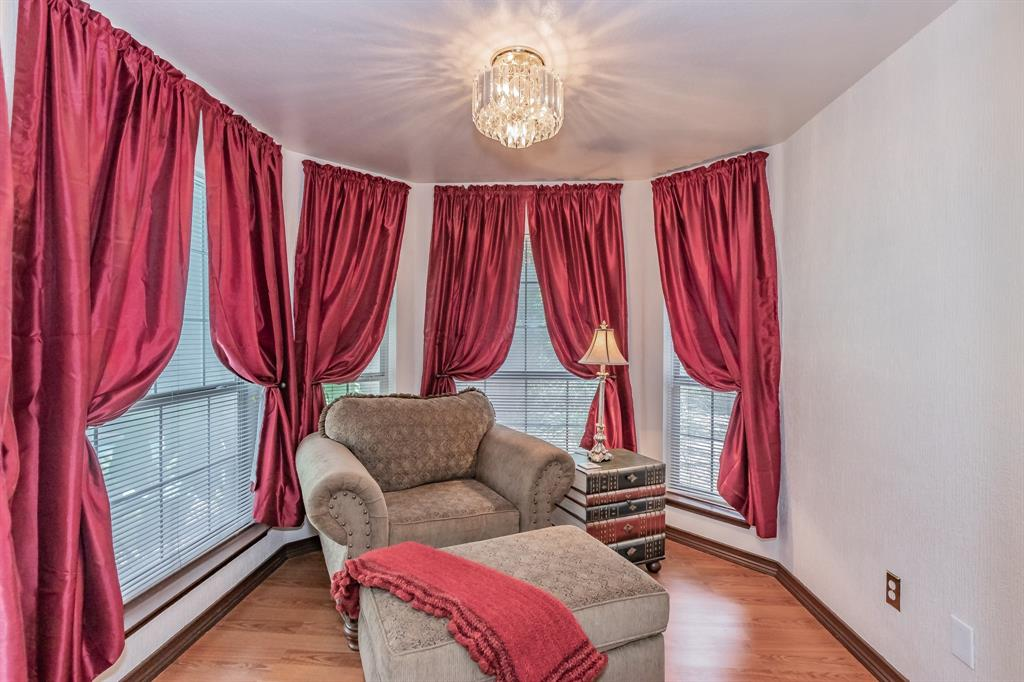 201 Jaime Jack  Drive, Grand Prairie, Texas 75052 - acquisto real estate best realtor foreclosure real estate mike shepeherd walnut grove realtor