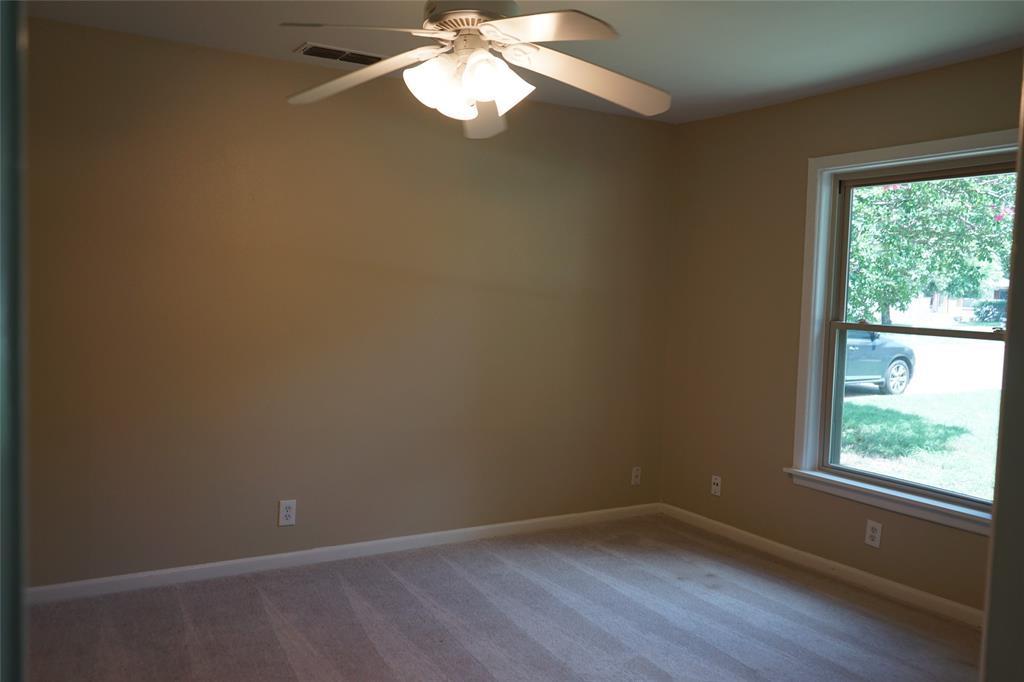 601 Circle  Drive, Arlington, Texas 76010 - acquisto real estate best luxury buyers agent in texas shana acquisto inheritance realtor