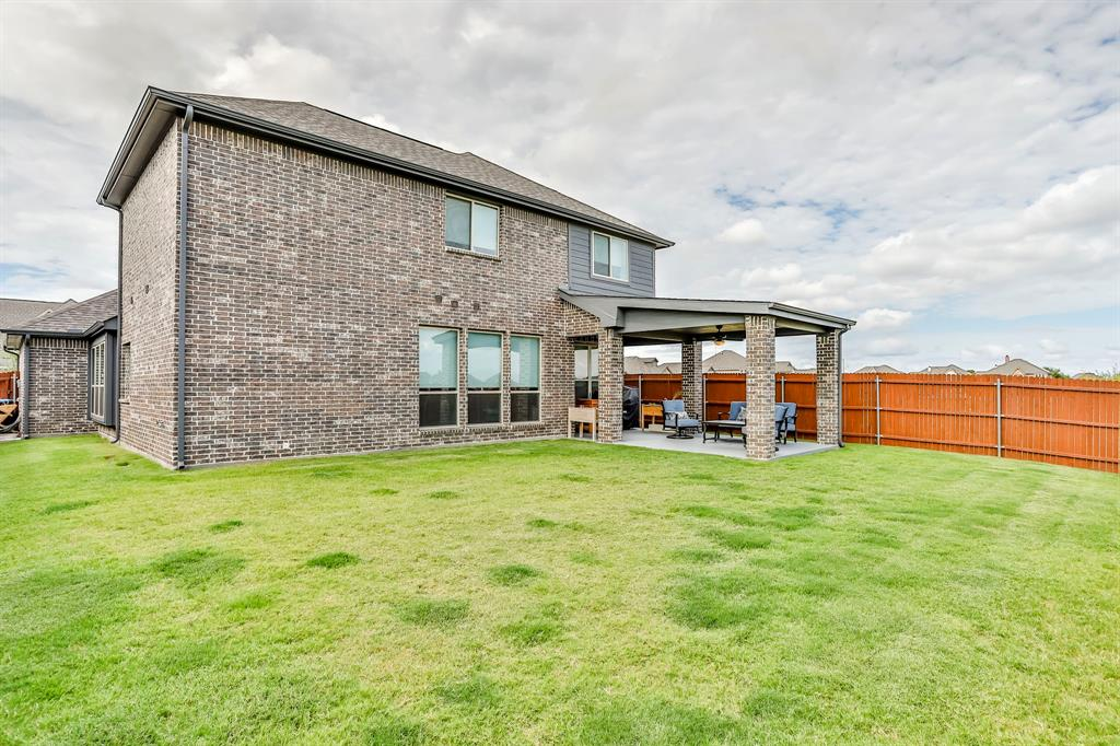 537 Tierra Vista  Way, Fort Worth, Texas 76131 - acquisto real estate best plano real estate agent mike shepherd