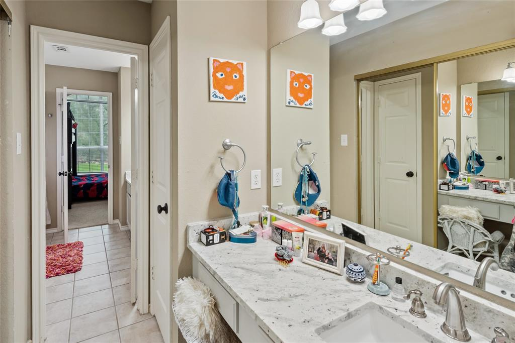 1121 Winding Creek  Drive, Grapevine, Texas 76051 - acquisto real estate best realtor westlake susan cancemi kind realtor of the year