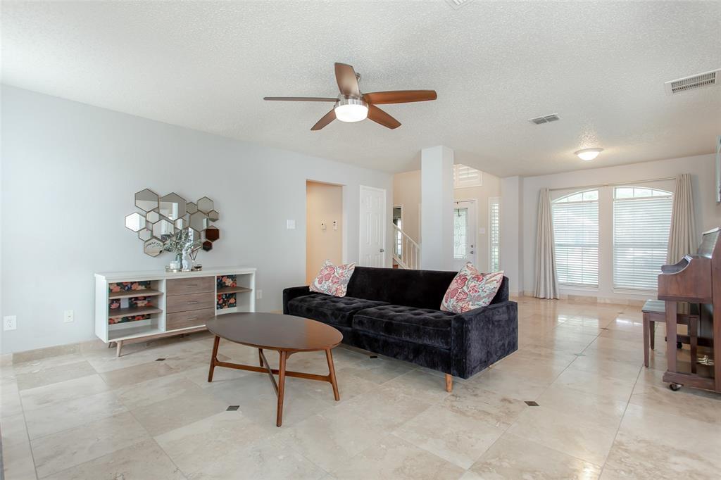 5118 Glen Vista  Drive, Garland, Texas 75044 - acquisto real estate best the colony realtor linda miller the bridges real estate