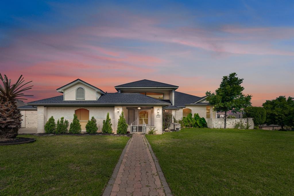 7424 Eagle Ridge  Circle, Fort Worth, Texas 76179 - Acquisto Real Estate best frisco realtor Amy Gasperini 1031 exchange expert