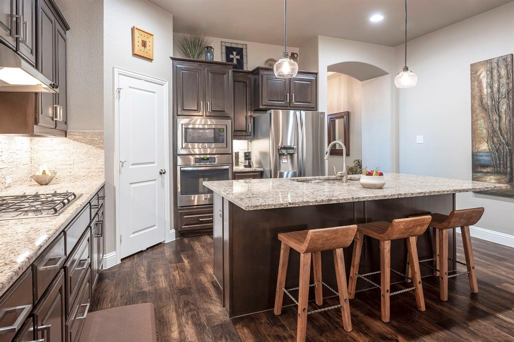 1116 Hot Springs  Way, Celina, Texas 75009 - acquisto real estate best real estate company in frisco texas real estate showings