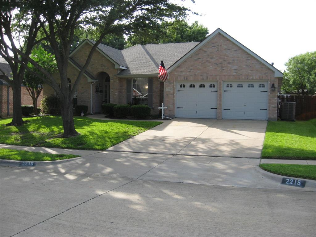 2215 Richmond  Circle, Mansfield, Texas 76063 - Acquisto Real Estate best plano realtor mike Shepherd home owners association expert