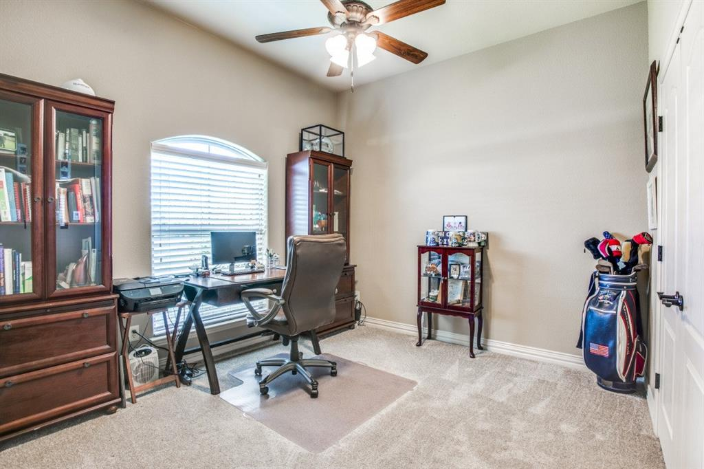 194 Horizon  Circle, Azle, Texas 76020 - acquisto real estate best investor home specialist mike shepherd relocation expert