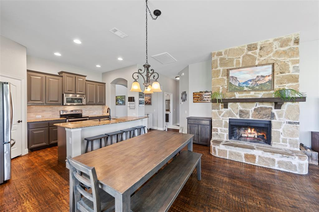 306 The Trails  Drive, Blue Ridge, Texas 75424 - acquisto real estate best real estate company to work for