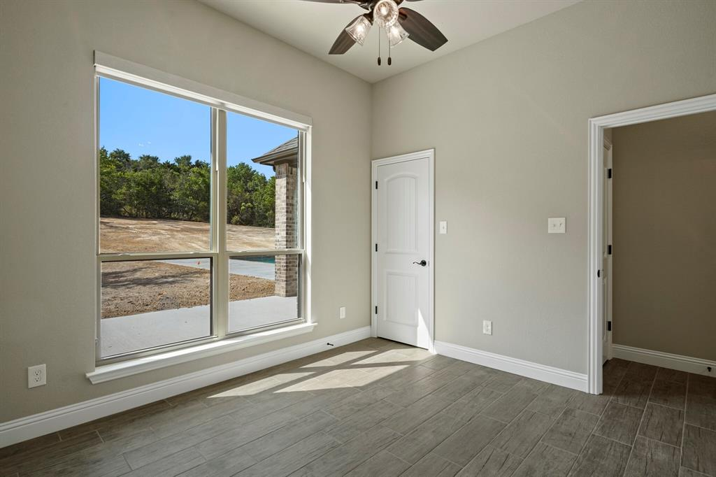 725 Glade Park  Court, Azle, Texas 76020 - acquisto real estate mvp award real estate logan lawrence