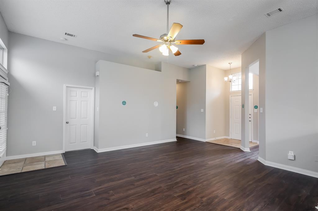 1615 Mayfair  Drive, Mesquite, Texas 75149 - acquisto real estate best prosper realtor susan cancemi windfarms realtor