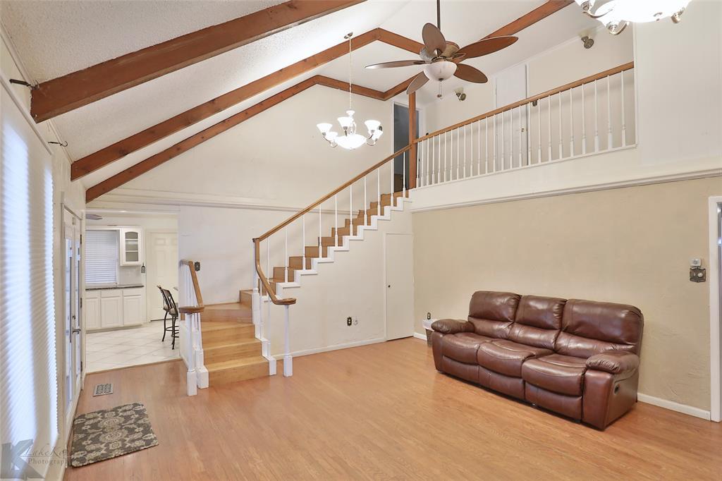 1600 Kiowa  Drive, Big Spring, Texas 79720 - acquisto real estate best listing agent in the nation shana acquisto estate realtor