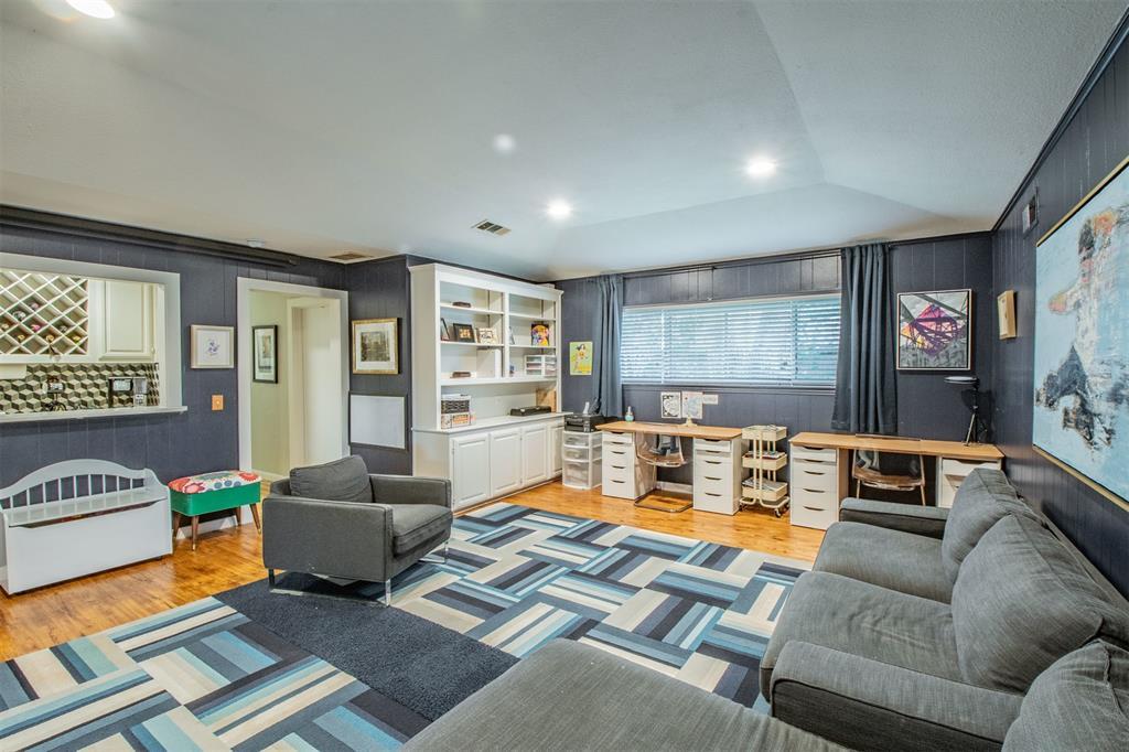 8909 Flint Falls  Drive, Dallas, Texas 75243 - acquisto real estate best new home sales realtor linda miller executor real estate