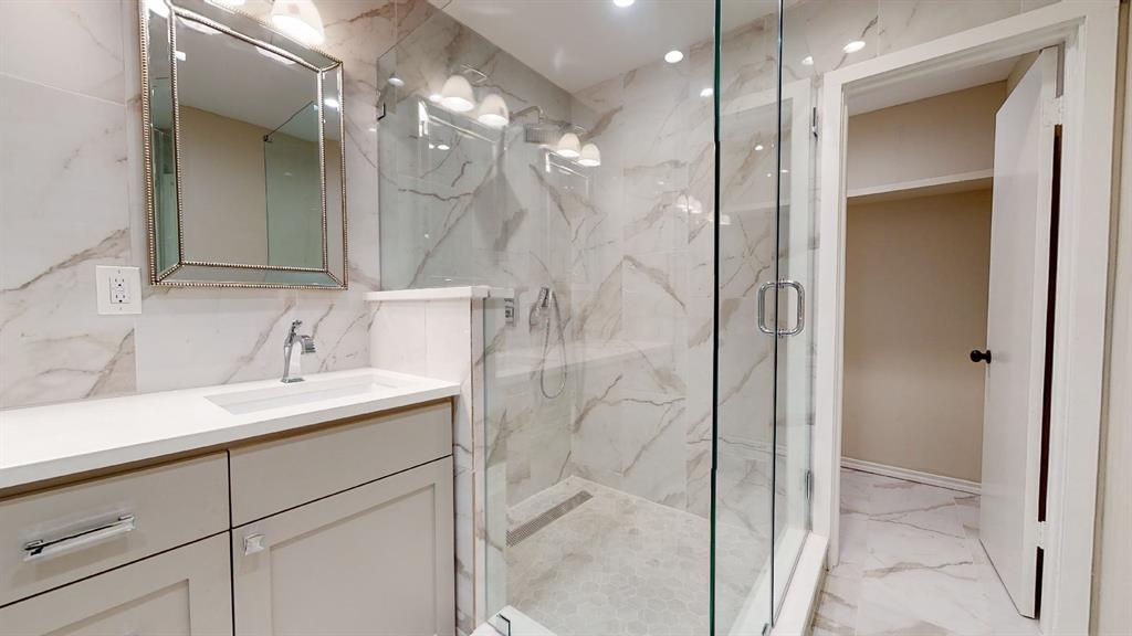 7636 Tophill  Lane, Dallas, Texas 75248 - acquisto real estate best plano real estate agent mike shepherd