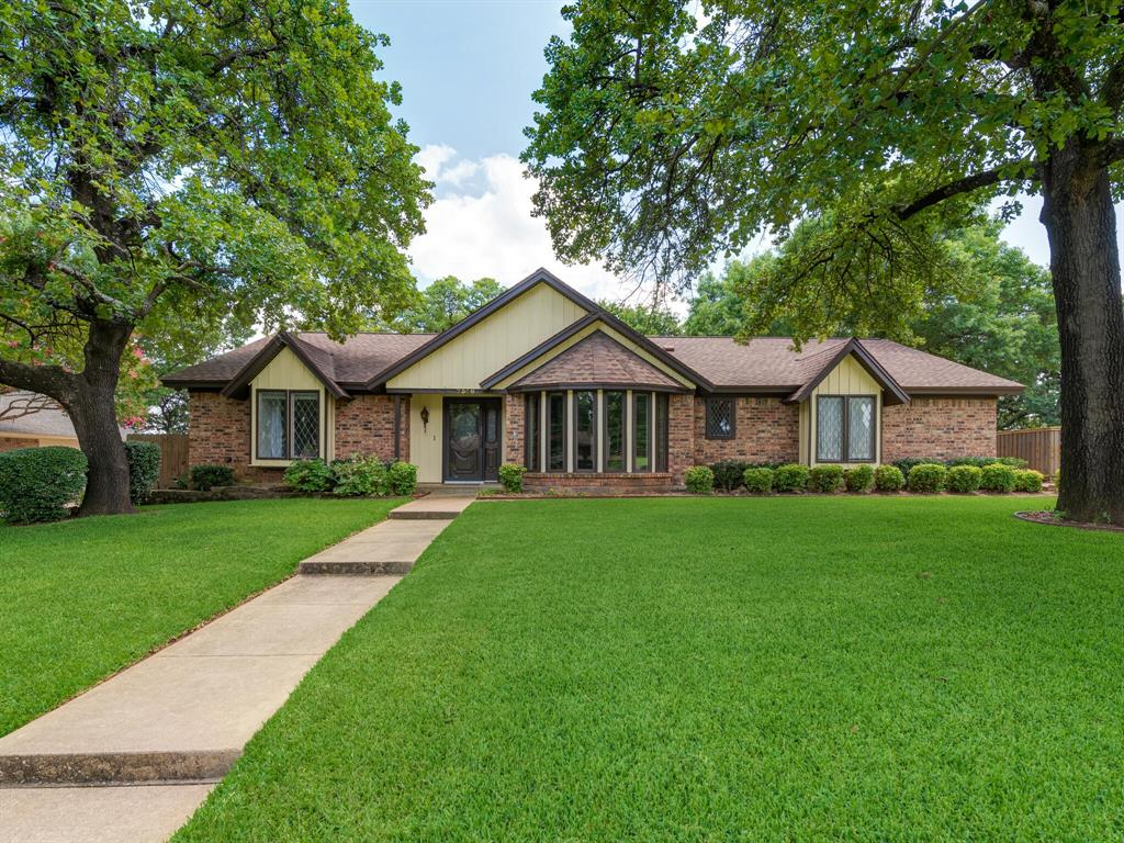 7308 Londonderry  Drive, North Richland Hills, Texas 76182 - Acquisto Real Estate best frisco realtor Amy Gasperini 1031 exchange expert