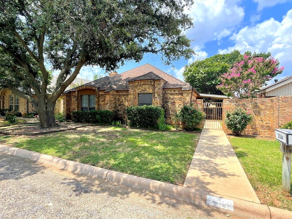 2534 Sunnibrook  Court, Abilene, Texas 79601 - Acquisto Real Estate best frisco realtor Amy Gasperini 1031 exchange expert