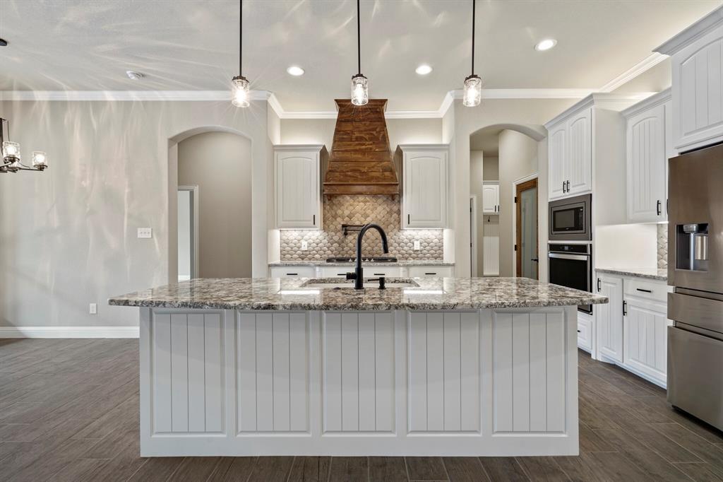 725 Glade Park  Court, Azle, Texas 76020 - acquisto real estate best style realtor kim miller best real estate reviews dfw