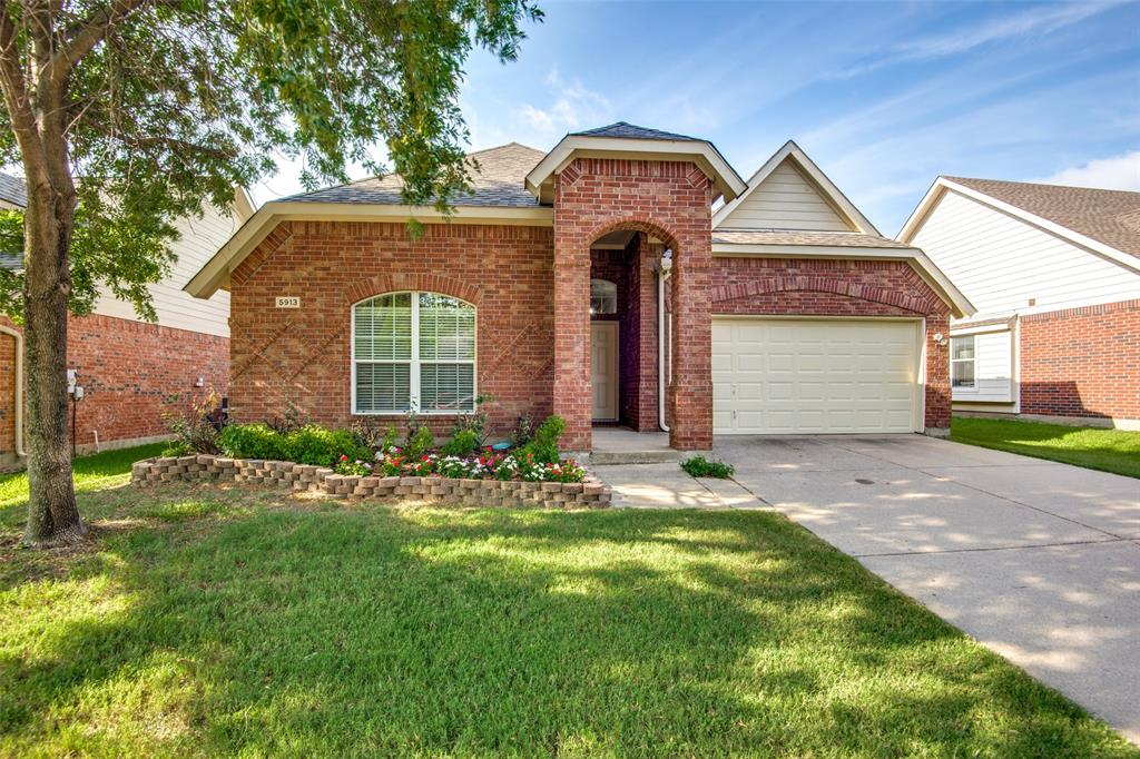5913 Meadowglen  Drive, Denton, Texas 76226 - Acquisto Real Estate best mckinney realtor hannah ewing stonebridge ranch expert