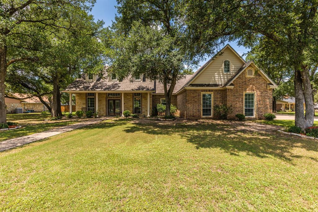 211 Bolton  Circle, West, Texas 76691 - Acquisto Real Estate best plano realtor mike Shepherd home owners association expert