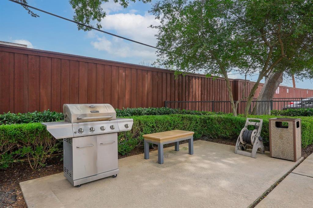 4605 Cedar Springs  Road, Dallas, Texas 75219 - acquisto real estate best frisco real estate agent amy gasperini panther creek realtor