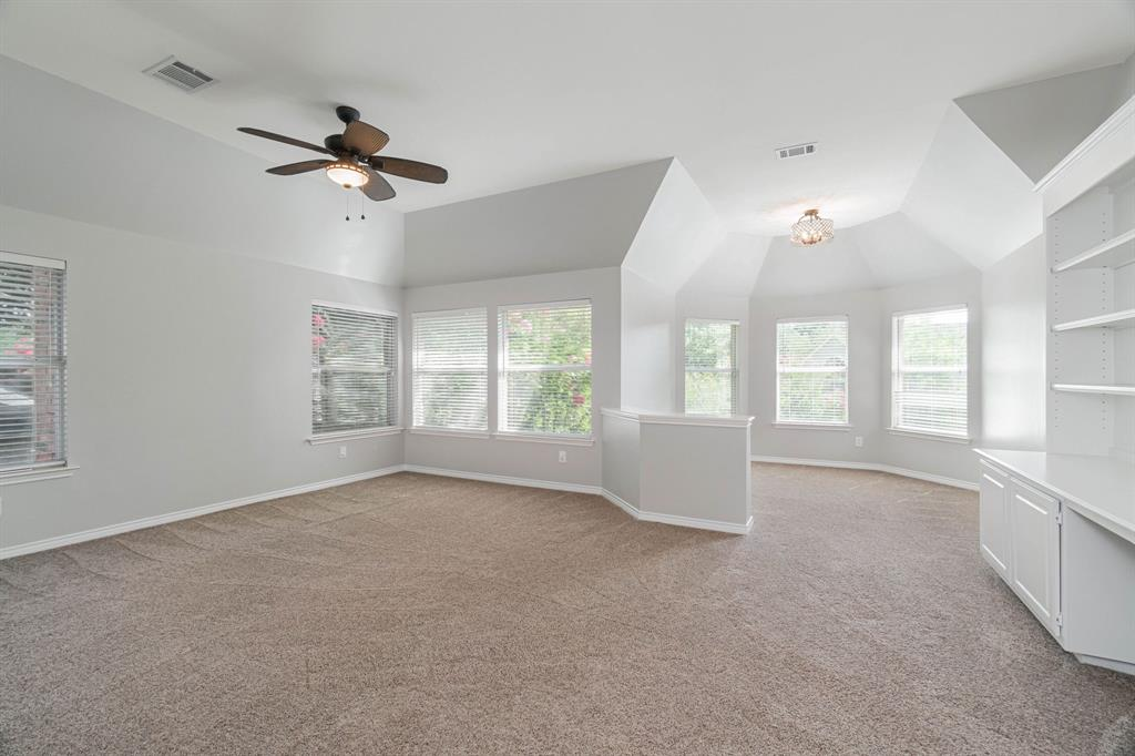 209 Manor  Place, Southlake, Texas 76092 - acquisto real estate best realtor foreclosure real estate mike shepeherd walnut grove realtor