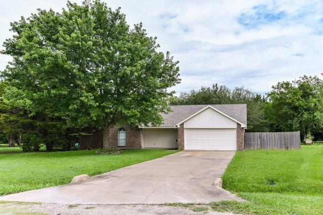 1304 Azalea  Lane, Waxahachie, Texas 75165 - Acquisto Real Estate best plano realtor mike Shepherd home owners association expert