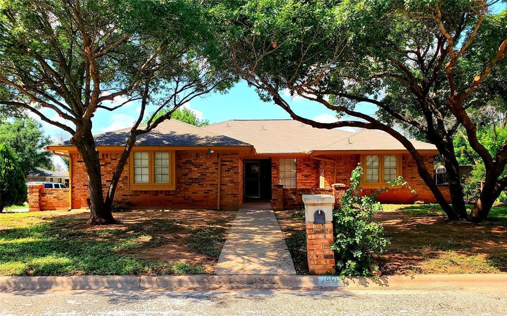 2998 Chimney Rock  Road, Abilene, Texas 79606 - Acquisto Real Estate best frisco realtor Amy Gasperini 1031 exchange expert