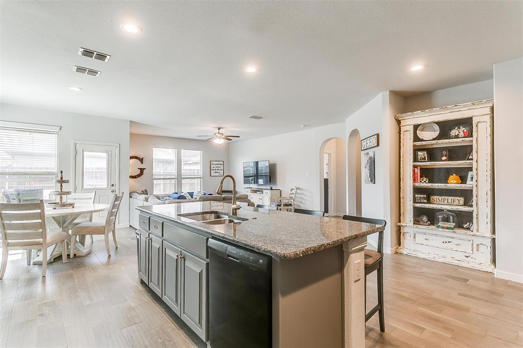 841 Doe Meadow  Drive, Fort Worth, Texas 76028 - acquisto real estate best highland park realtor amy gasperini fast real estate service