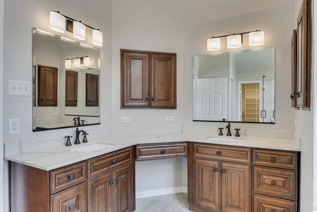 2124 Gisbourne  Drive, Flower Mound, Texas 75028 - acquisto real estate best style realtor kim miller best real estate reviews dfw