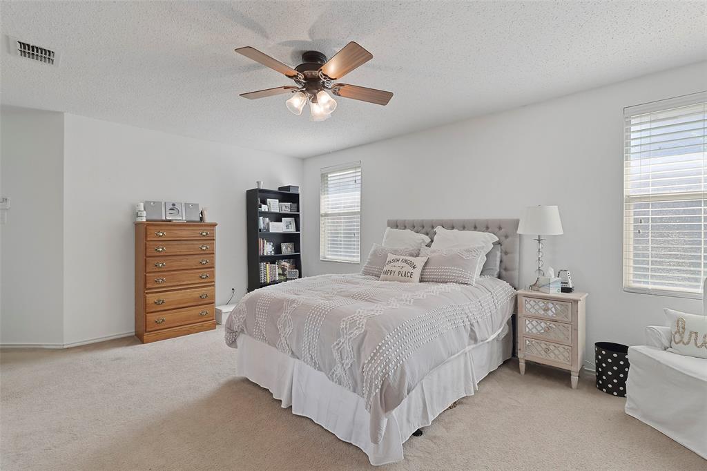 16600 Jasmine Springs  Drive, Fort Worth, Texas 76247 - acquisto real estate best negotiating realtor linda miller declutter realtor