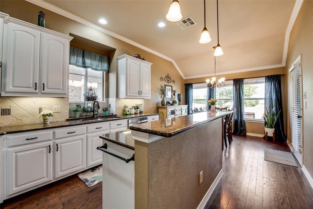 5709 Eagle Mountain  Drive, Denton, Texas 76226 - acquisto real estate best listing listing agent in texas shana acquisto rich person realtor