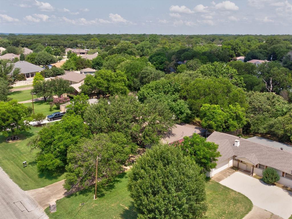 410 Granada Calle  Court, Granbury, Texas 76049 - Acquisto Real Estate best frisco realtor Amy Gasperini 1031 exchange expert